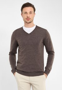 PROFUOMO - Jumper - brown - 0