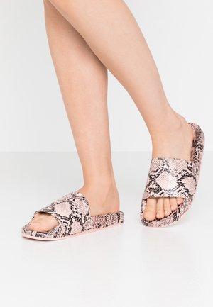 Pantofle - nude