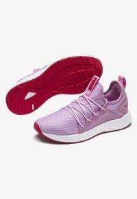 Puma - NRGY NEKO - Sportschoenen - pale pink-white-hibiscus - 1