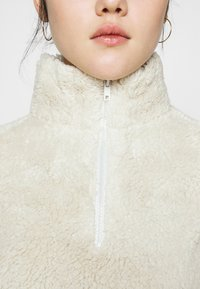 Nly by Nelly - HALF ZIP - Fleece jumper - offwhite turtledove - 5