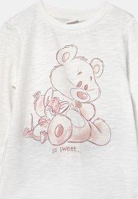 OVS - TOM JERRY - Pyjama set - white - 3