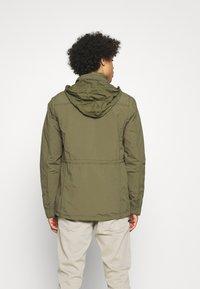 Lee - FIELD JACKET - Summer jacket - olive green - 4