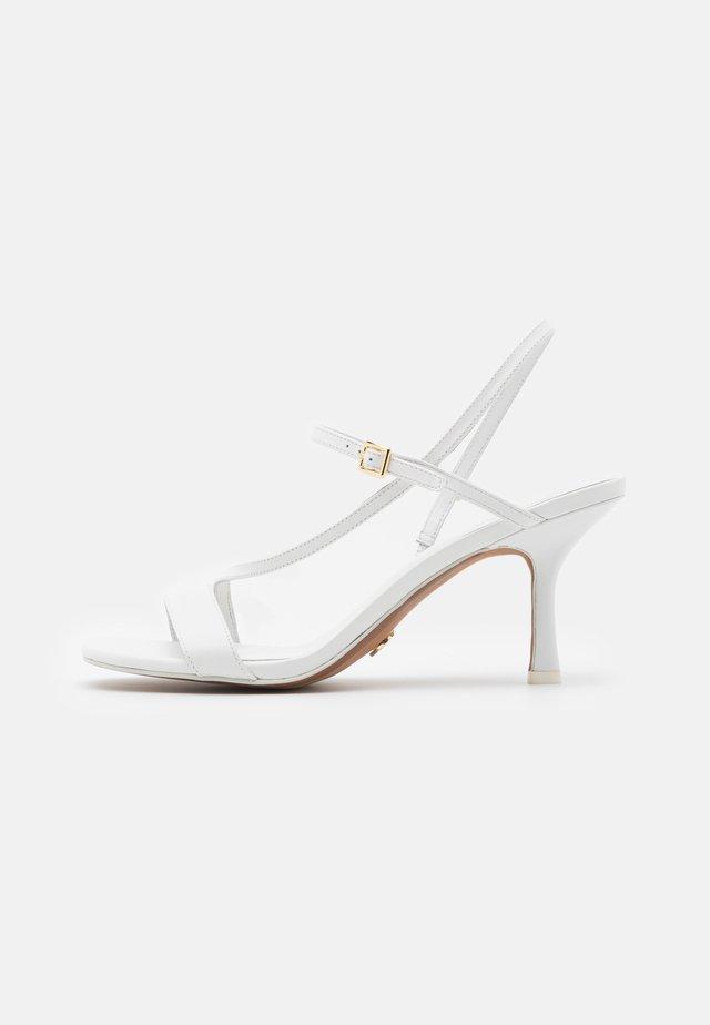 TASHA  - Sandalias - optic white