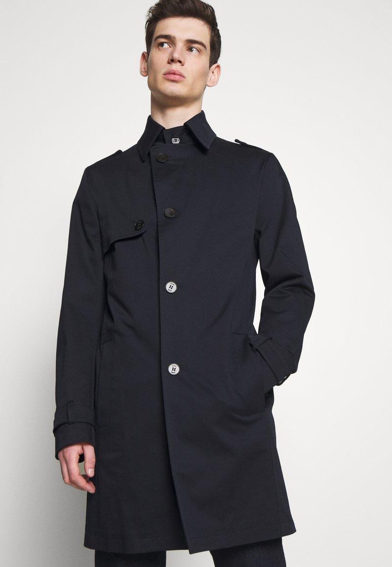 DRYKORN - SKOPJE - Krátký kabát - navy