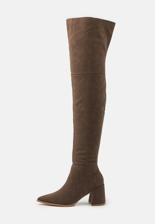 LOW BLOCK HEEL BOOTS - Over-the-knee boots - mink