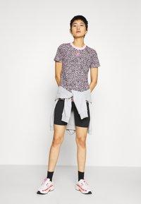 Nike Sportswear - PACK TEE - Print T-shirt - pink - 1