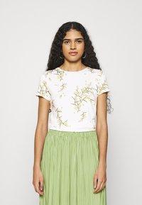 Ted Baker - IRENNEE - Print T-shirt - white - 0