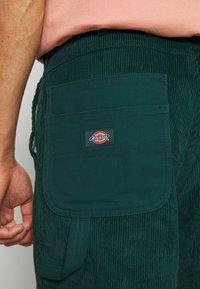 Dickies - REWORKED UTILITY PANT - Cargo trousers - ponderosa pine - 6