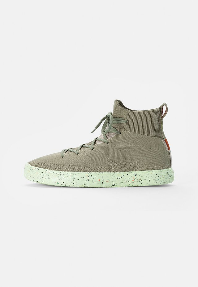 CHUCK TAYLOR ALL STAR CRATER - Sneakers alte - light field surplus/string/barely volt