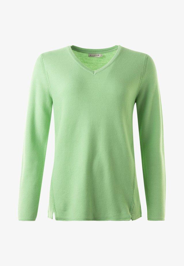 Stickad tröja - springgreen