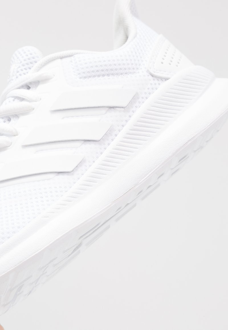 Manchuria Enredo Cuna  adidas Performance RUNFALCON - Neutral running shoes - footwear white/core  black/white - Zalando.ie