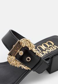 Versace Jeans Couture - Heeled mules - nero - 6