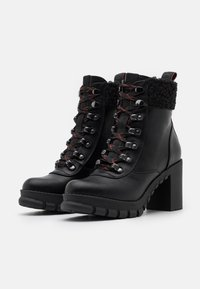 Buffalo - MILES - Kotníková obuv na vysokém podpatku - black - 2