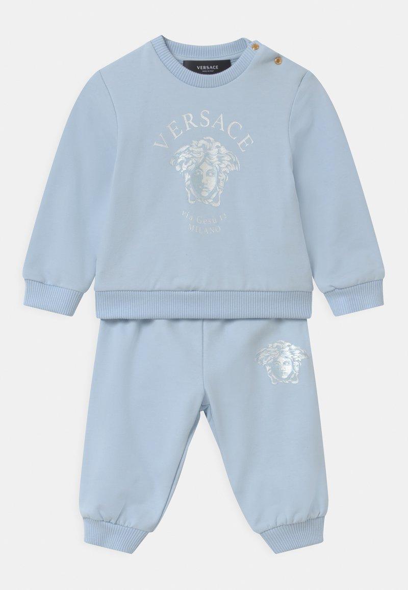 Versace - MEDUSA VIA GESU SET UNISEX - Tracksuit - babyblue/white