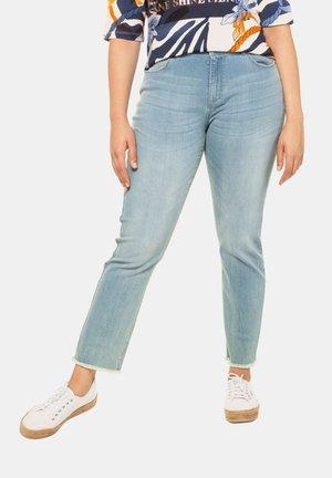 SAMMY  - Jeans slim fit - light blue