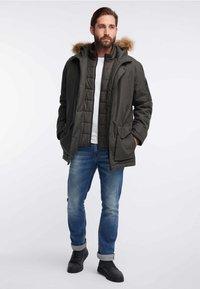 HAWKE&CO - Winter coat - dark green - 1