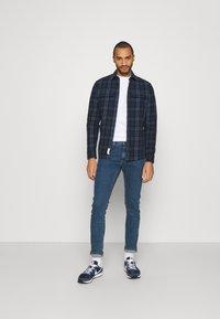 Lee - LUKE - Slim fit jeans - mid stone wash - 1