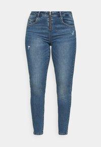 ONLY Carmakoma - CARSALLYLIFE - Jeans Skinny Fit - light blue denim - 4