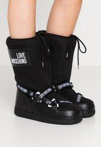 Love Moschino - SKI BOOT - Winter boots - black - 0
