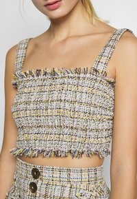 CMEO COLLECTIVE - FOR YOU LOVE TOP - Pusero - ivory tweed - 5