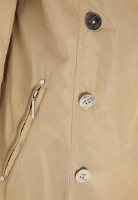 usha - Trenchcoat - beige - 5