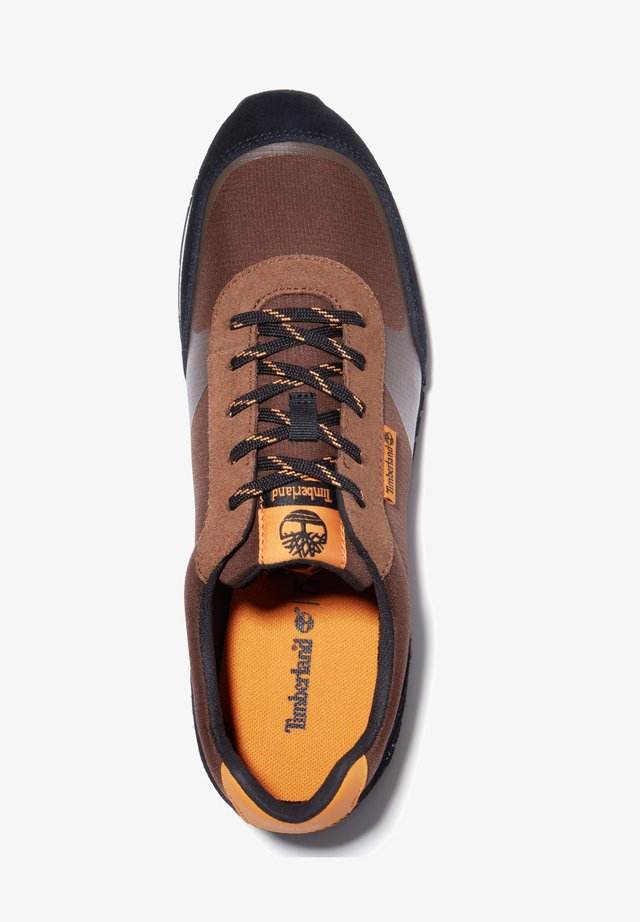 LUFKIN  - Sneakersy niskie - md brown mesh wblk