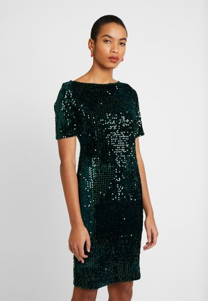 SLASH NECK BODYCON - Cocktail dress / Party dress - green