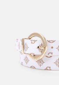 Guess - CESSILY ADJUST PANT BELT - Belt - white - 3