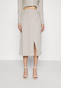 Fashion Union - Pouzdrová sukně - taupe - 0