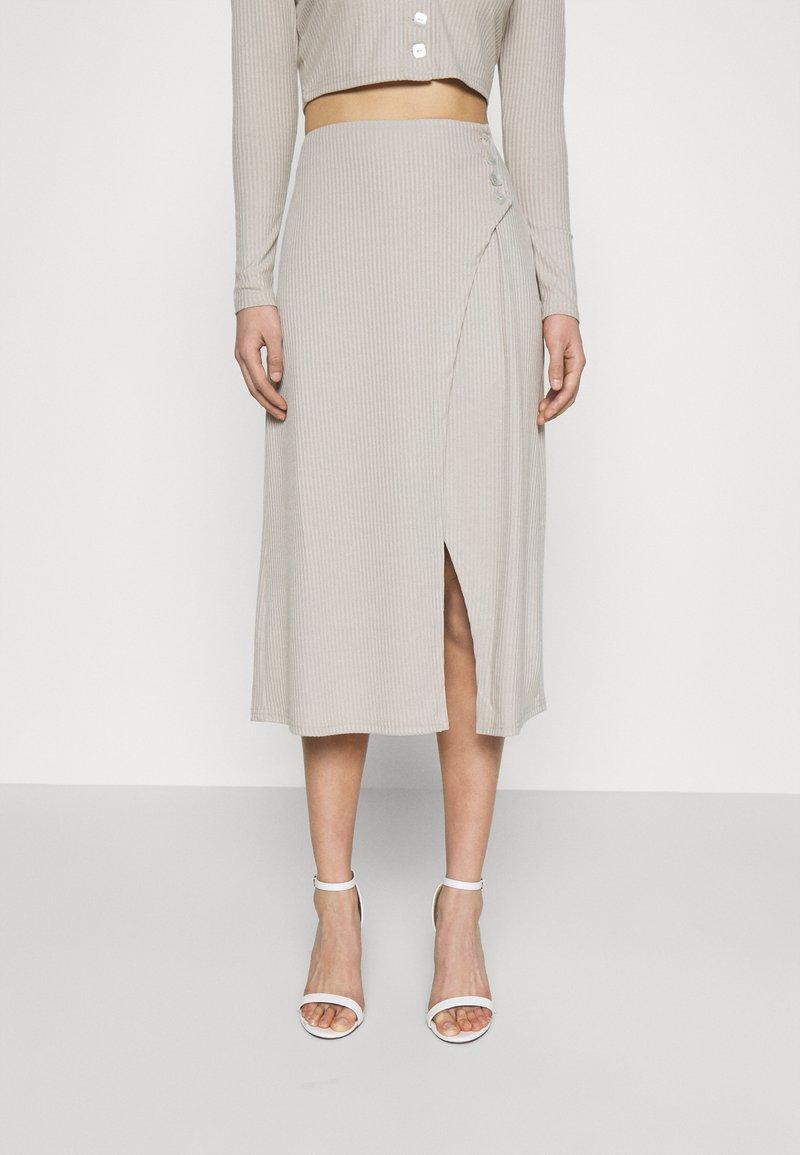 Fashion Union - Pouzdrová sukně - taupe