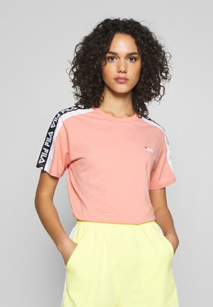 TANDY - Print T-shirt - lobster bisque/bright white