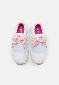 Under Armour - CHARGED BREATHE - Scarpe da fitness - white - 3