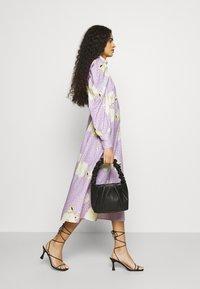 Closet - PUFF SLEEVE MIDI DRESS - Day dress - purple - 3