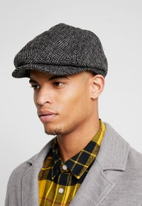 Burton Menswear London - HERRINGBONE BAKER - Beanie - grey - 1