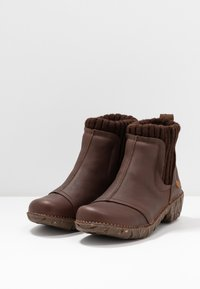 El Naturalista - YGGDRASIL - Classic ankle boots - soft grain brown - 4