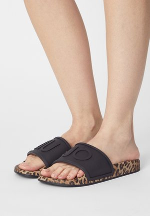 KOS - Sandales de bain - black