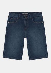 Guess - CORE JUNIOR  - Jeans Short / cowboy shorts - middle blue wash - 0