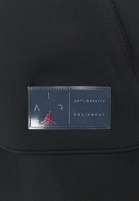 Jordan - AIR - Training jacket - black/dark smoke grey - 5