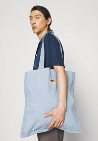 Fiorucci - ICON ANGELS TOTE BAG UNISEX - Tote bag - light vintage - 0