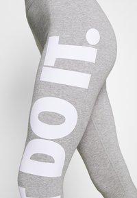 Nike Sportswear - Legging - grey - 3