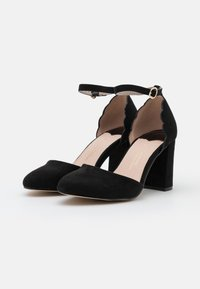 Dorothy Perkins Wide Fit - WIDE FIT DELANY COURT - Classic heels - black - 2