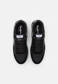 Pepe Jeans - CROSS 4 URBAN - Zapatillas - black - 3