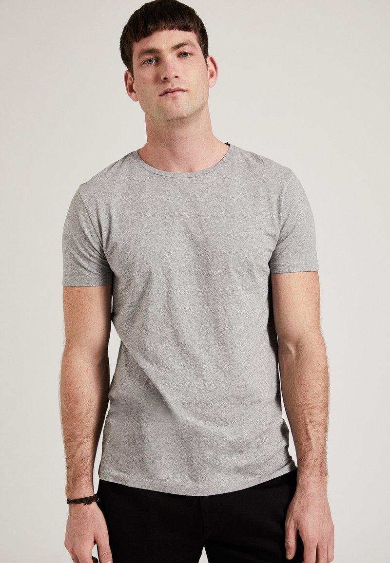 Phyne - THE ROUND NECK - T-shirt basique - grey