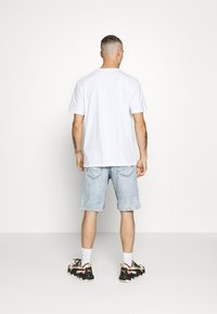 Only & Sons - ONSAVILIFELOOSE  - Shorts - blue denim - 2