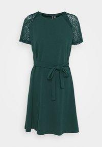 Vero Moda - VMJASMINE LACE TIE SHORT DRESS - Jersey dress - ponderosa pine - 5