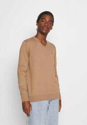 BASIC V NECK - Jumper - havana brown melange