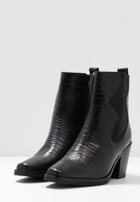 Zign - Cowboy/biker ankle boot - black - 4