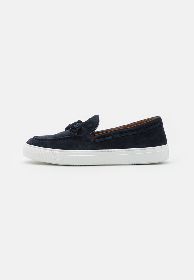 Loaferit/pistokkaat - york marine