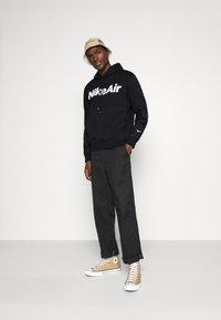 Nike Sportswear - AIR HOODIE - Felpa con cappuccio - black/white - 1