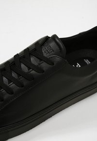 GARMENT PROJECT - TYPE - Sneakers laag - black - 5